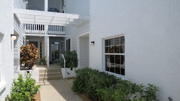 Perico Bay Club Gorgeous Townhome by RedAwning