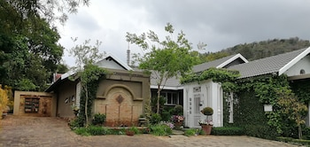 Photo for At 98 on Lynburn Guest House in Pretoria
