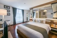 Premier Room - Eclectic Living