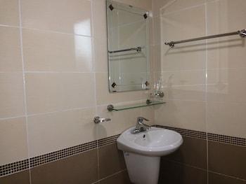 Newland Studio Apartment 1 - Bathroom  - #0