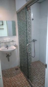 Newland Studio Apartment 6 - Bathroom  - #0