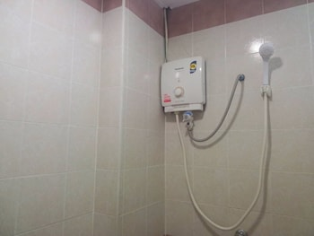 Sport Hotel - Bathroom Shower  - #0