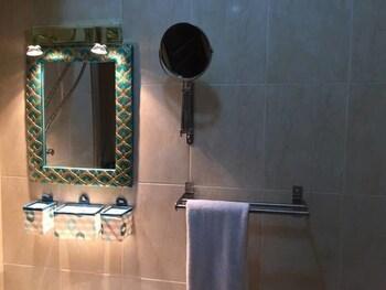 Luxurious Hurghada Apartment - Bathroom  - #0
