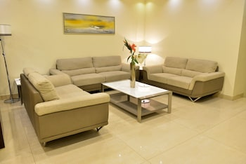 Mergab Tower Hotel Apartments - Lobby Sitting Area  - #0