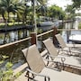 5BR Waterfront Canal House for 9 by RedAwning photo 24/24