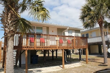 Dragonfly Beach House by RedAwning