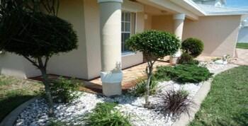 Holiday House in Florida at Lake Gulf