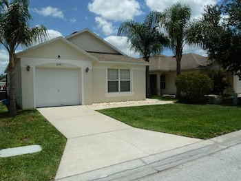 Photo for Very Comfortable Villa Fully Equipped in Haines City, Florida