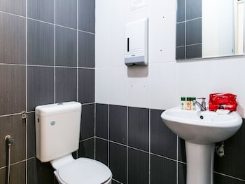 OYO Rooms Angsana Mall - Bathroom  - #0
