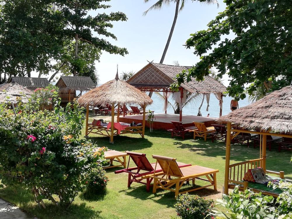 Lanta A&J Klong Khong Beach