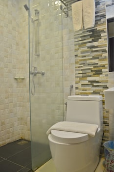 Ritz Inn Lumut - Bathroom  - #0