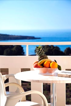 Kedrissos Hotel Apartments - Balcony  - #0