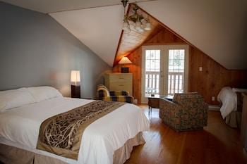 Photo for Kingfisher Lodge and Marina in Bamfield, British Columbia