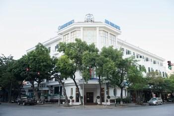 Hoa Binh Hotel - Featured Image  - #0