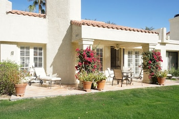 La Quinta Condo with Privileges by RedAwning