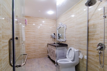 Mornington Hotel Sitiawan - Bathroom  - #0