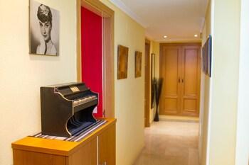 Alfonso Reyes Apartment - Málaga Harbour - Living Area  - #0