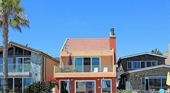 6404 W Ocean Front 68188 by RedAwning