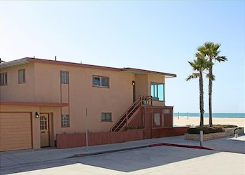 6710 W Ocean Front 68210 by RedAwning