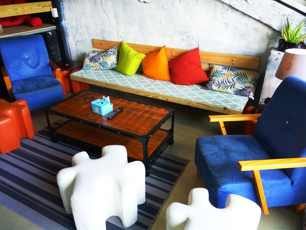 Backpackers Inn - Hostel