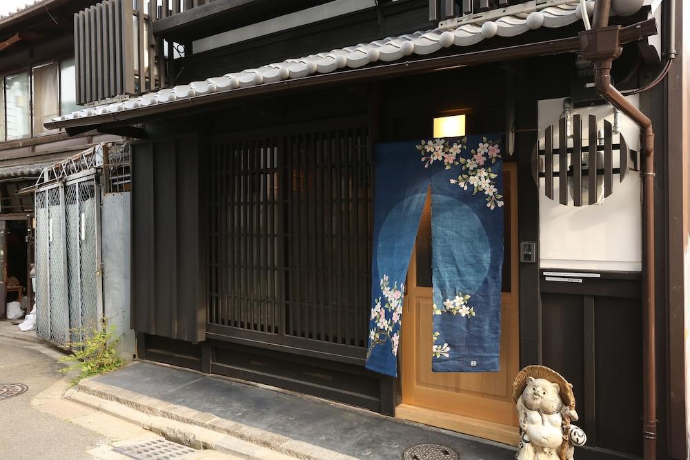Rakuya Karasuma Gojo