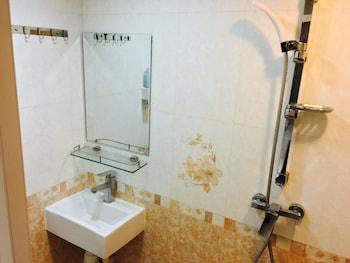 Modern Hotel - Bathroom  - #0