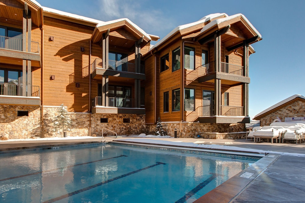 Ski Side Stunner with Pool by RedAwning
