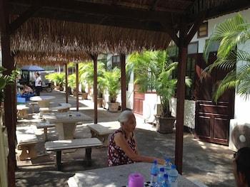 Villa Sisavad Guesthouse - Restaurant  - #0