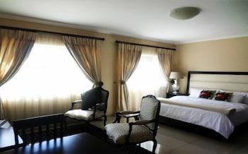 梭魯納旅館