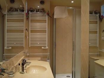 Elegant studio apartment Le Suquet - Bathroom  - #0