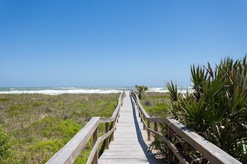 Seaside Bungalow 3 bedrooms Beach Side Vilano Beach St Augustine by RedAwning