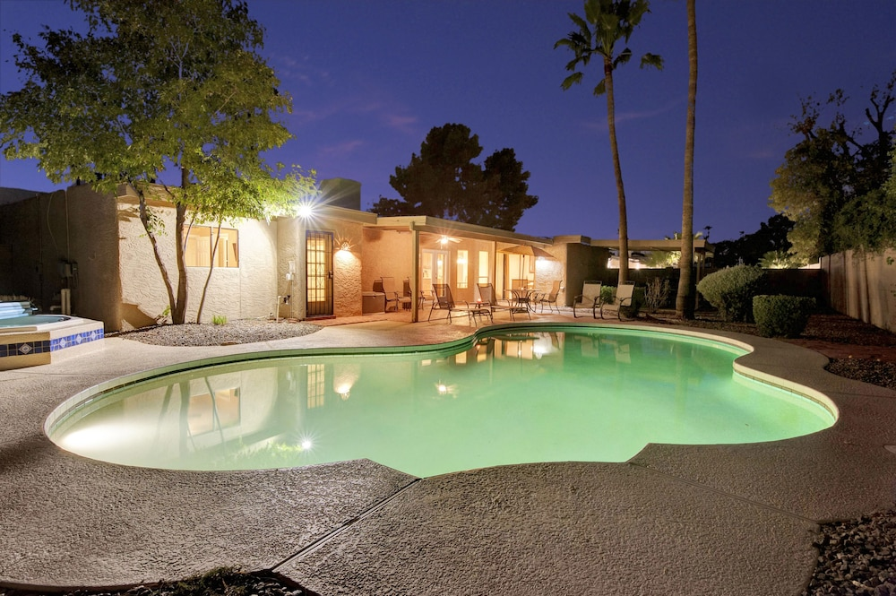 Redfield - 4 Bedroom Home - Scottsdale