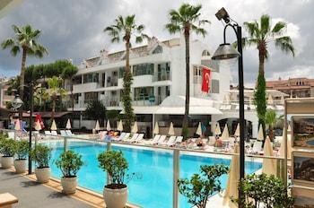俱樂部中庭馬爾馬裡斯飯店