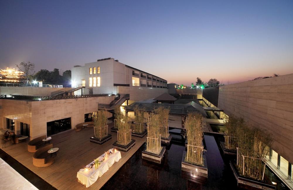 Landison Tangqi Resort Hangzhou