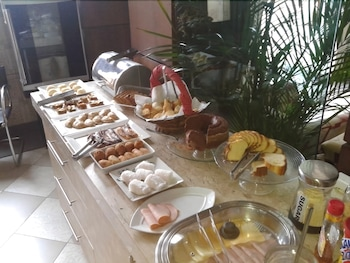 Feira Plaza Hotel - Breakfast Area  - #0