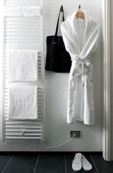 Muu Village - Bathroom Amenities  - #0