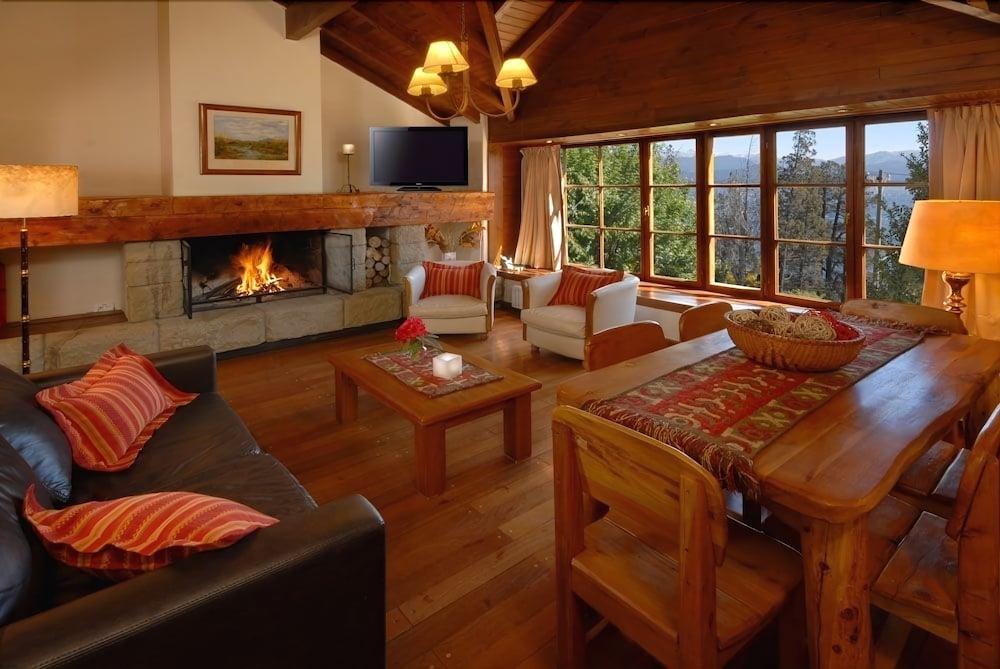 Pailahue Lodge & Cabañas