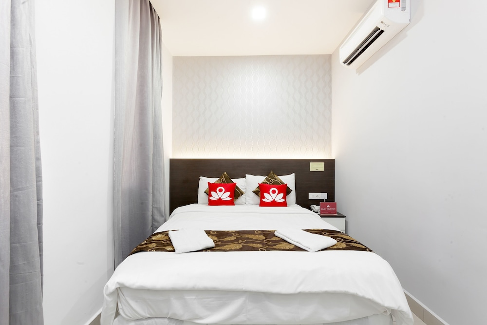ZEN Rooms Near SALAM Hospital