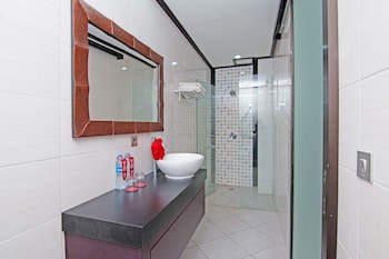 ZEN Rooms Shri Laksmi Seminyak - Bathroom  - #0