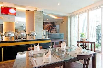 ZEN Rooms Shri Laksmi Seminyak - Restaurant  - #0