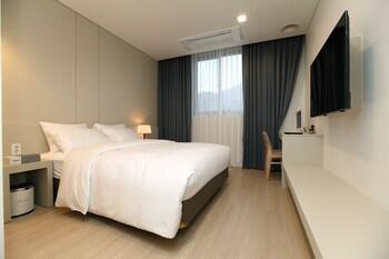 Bricks Hotel - Guestroom  - #0