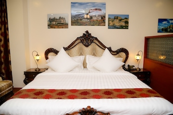 The Palace Suites Hotel in Karachi