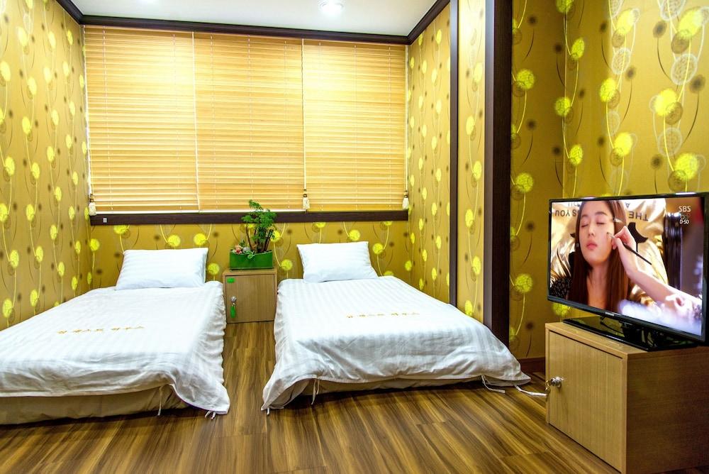 Seom Guesthouse - Hostel