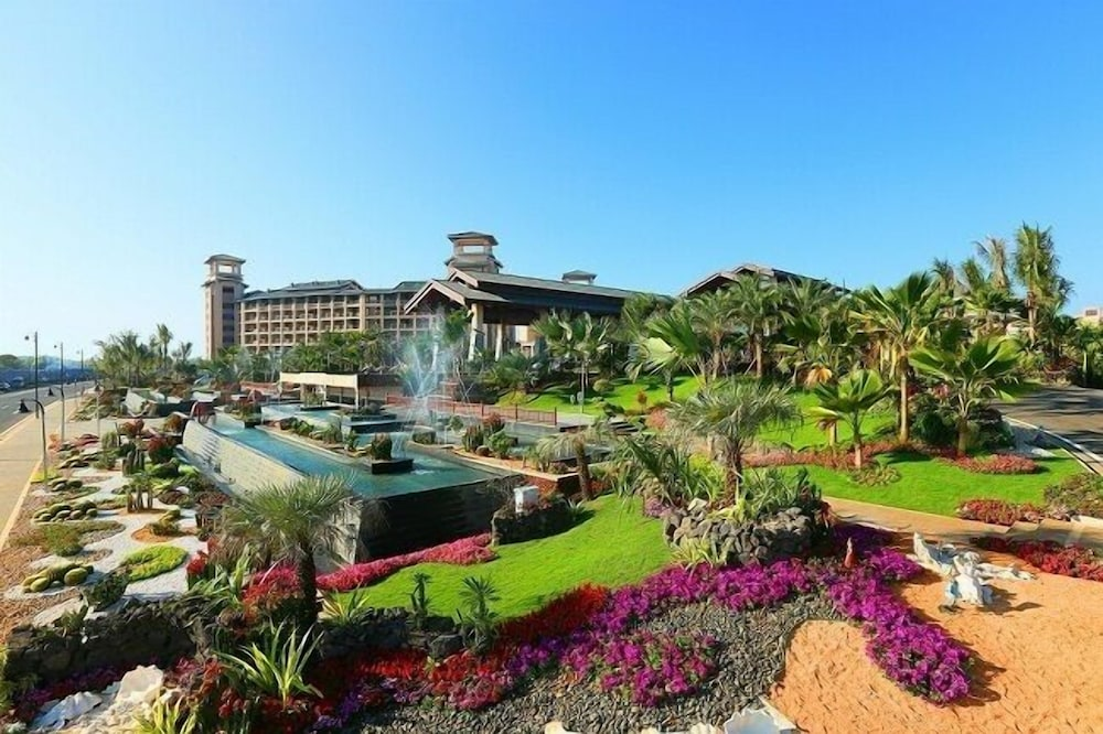 Country Garden Golden Beach Spring Hotel