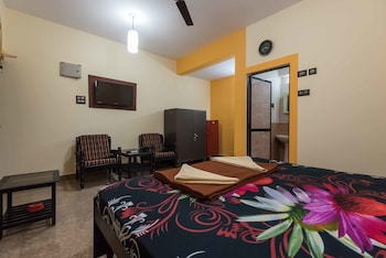OYO StayOut Near Cohiba Club Candolim - Guestroom  - #0