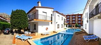 Photo for PA Villa Piscis in Torroella de Montgri