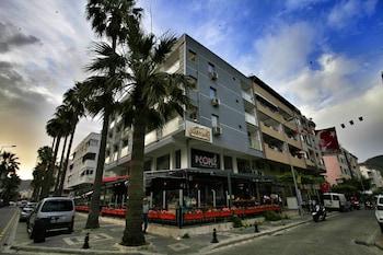 馬爾馬裡斯精品飯店