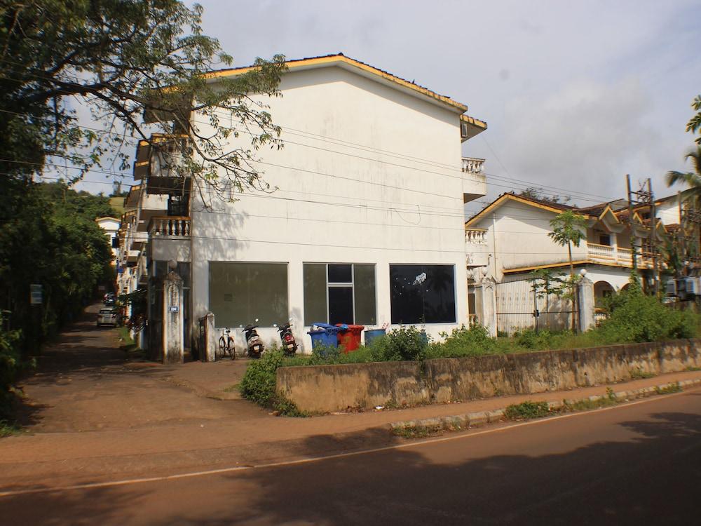 OYO Apartments Candolim