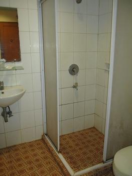 Hotel Caravan - Bathroom  - #0