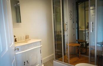 Brockley Hall Hotel - Bathroom  - #0